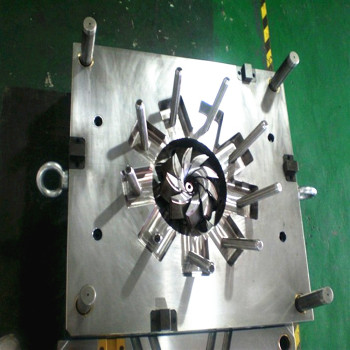weight-gain-injection-moulding-machinery-machine-mould
