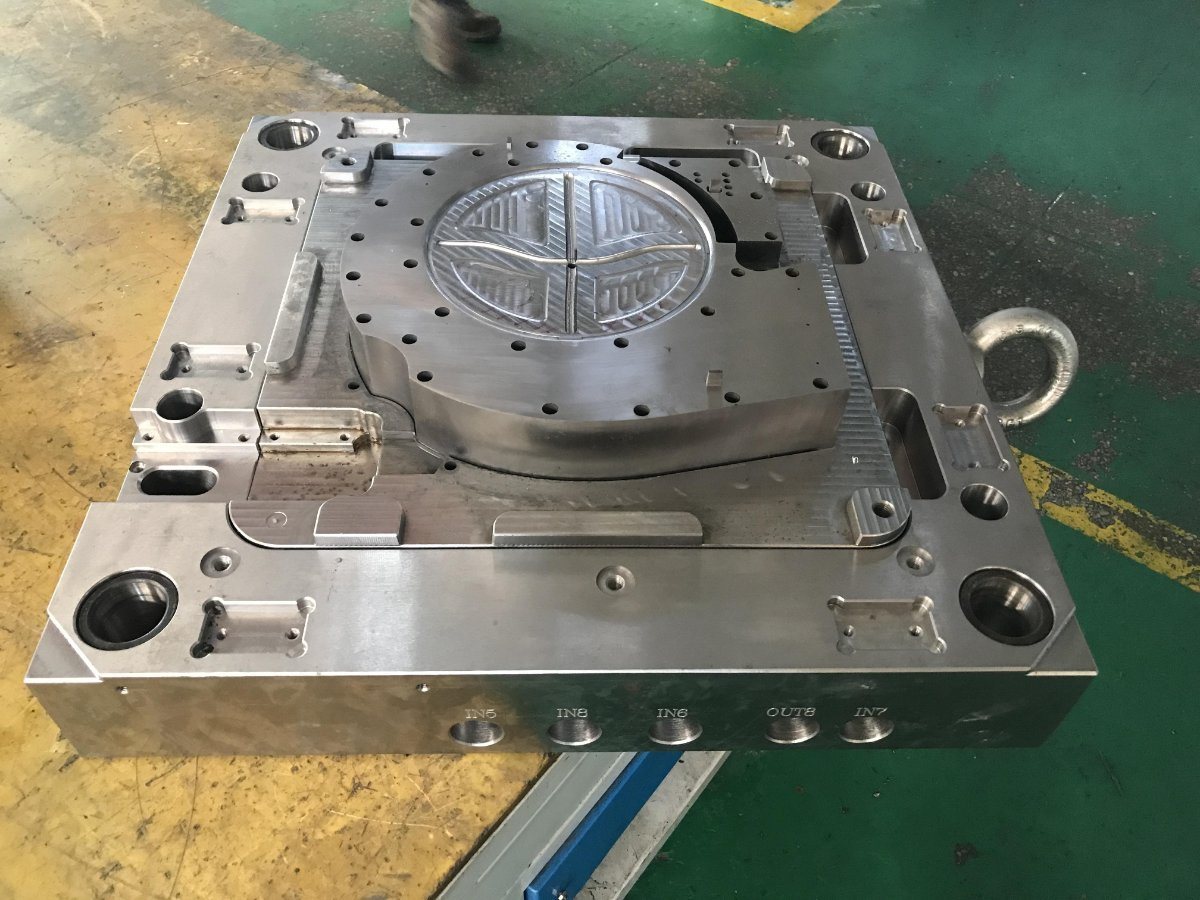 High Quality OEM plastic injection mould 3