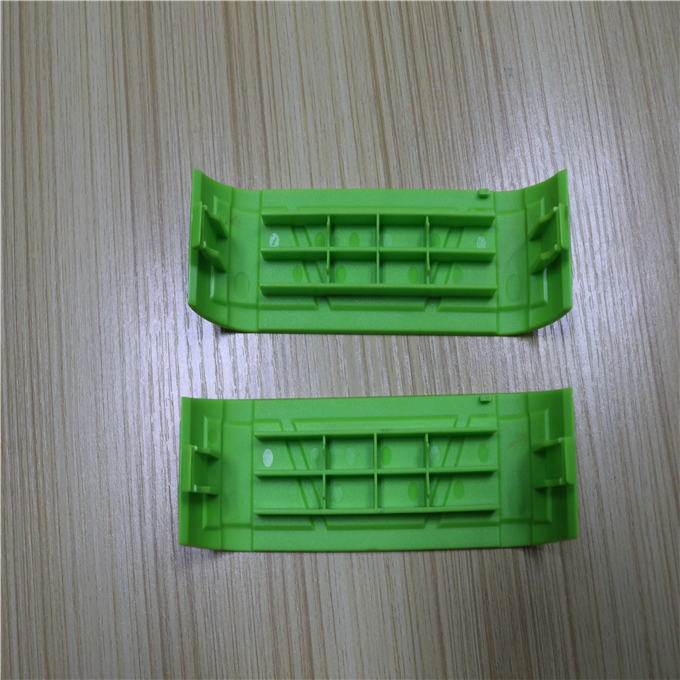 New design and hot selling for injection molded parts 7