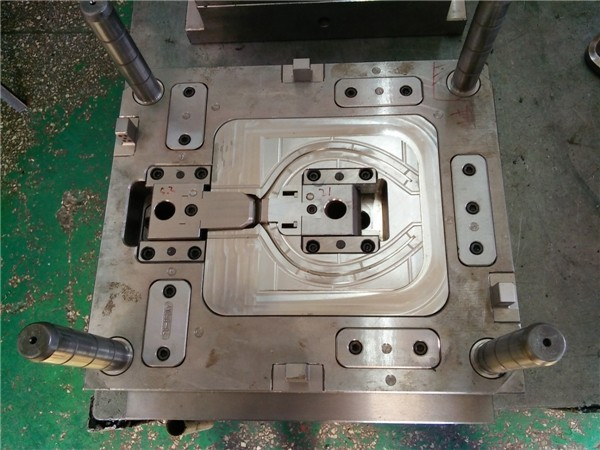 Shenzhen Abery Mold & Plastics Co. 13