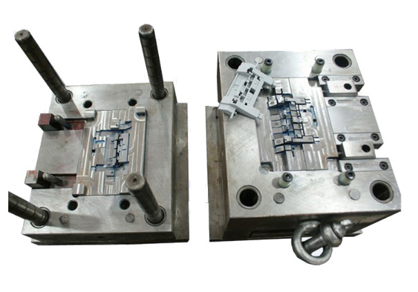 Mold-mould-Custom-enclosures-and-custom-injection