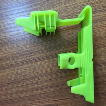 Cheap-cost-plastic-injection-mold-and-clear