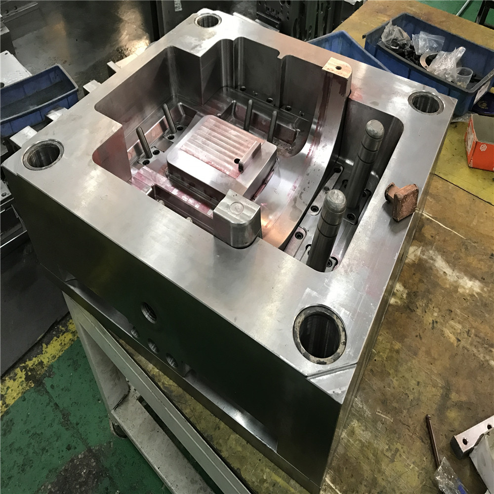 china mold factory Professional direct sale tool and die maker cheap
