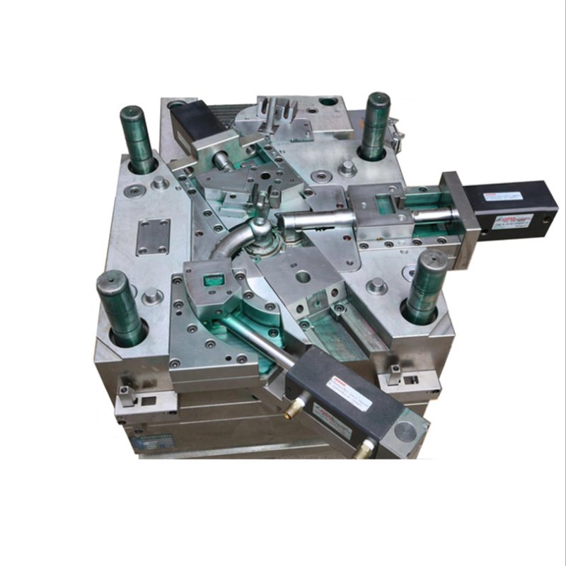 Custom plastic injection molding makes high quality case mould / mold