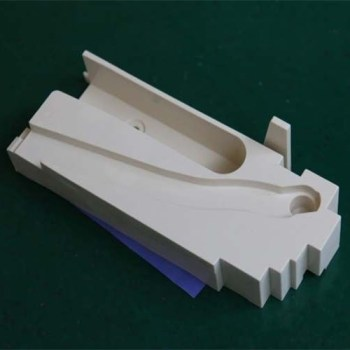Rapid-prototyping-and-rapid-injection-moldingfactory