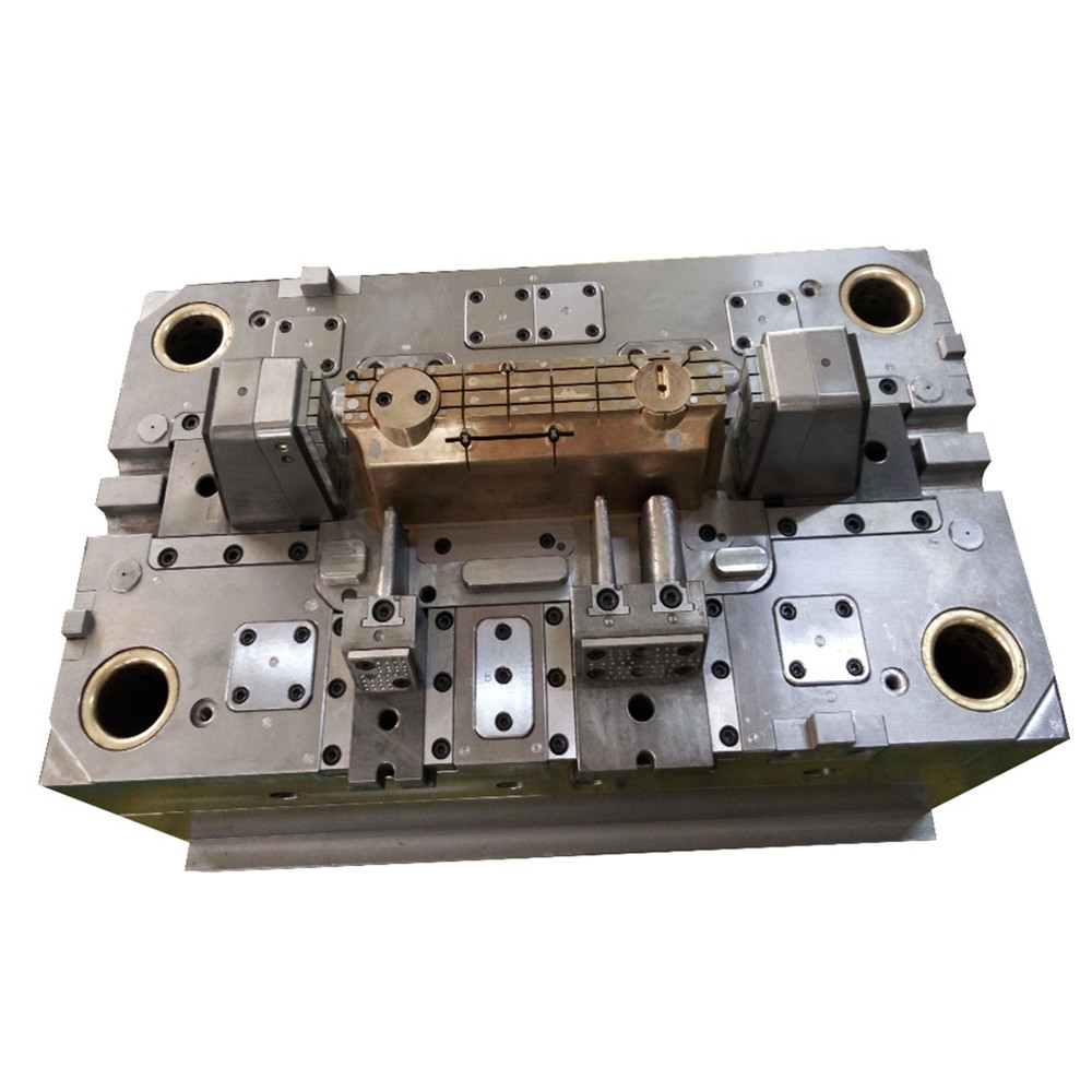 die-cutting-injection-mold-for-plastic-parts