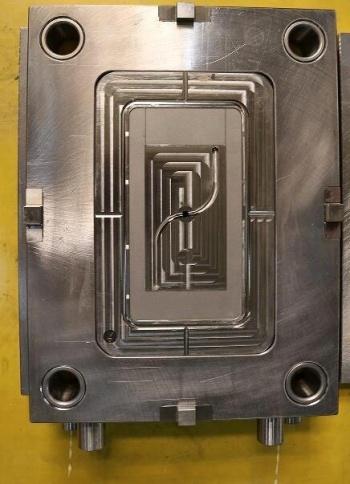 3D-drawing-for-molding-designer-to-make