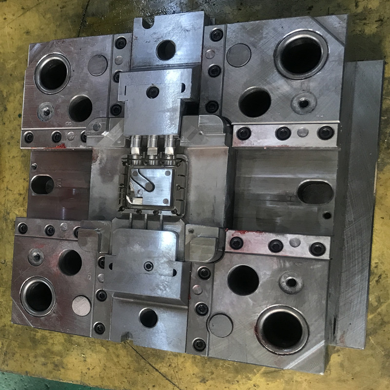 Custom injection moulding plastic parts manufacturer Mold/mould